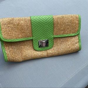 Green and Tan Straw Turn-Key Clutch
